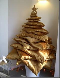unusual-Christmas-tree-08