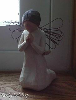 angel praying (1)