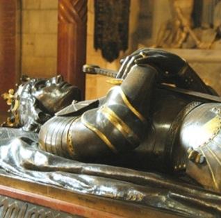 Tumba simbolica del Ladislao de Varna, Rey de Polonia-Hungria en la Basilica de San Estanislao y San Venceslao, Castillo Real de Cracovia