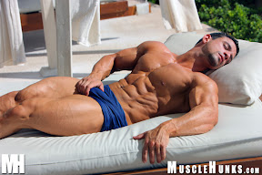 muscle hunks macho nacho