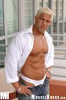 Muscle Hunk Joos Groen