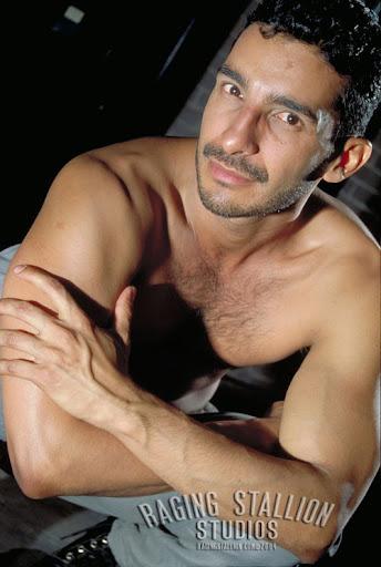 Miguel Leonn - Mediterranean Muscle Hunk Porn Star
