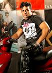 Latin Muscle Hunk Brenno Santiago