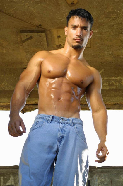 Talvin de Machio, sexy ex-Navy man with a wonderful muscled body