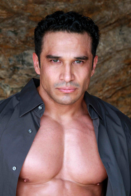 Handsome Daddy Muscle Hunk - Daniel Rocha