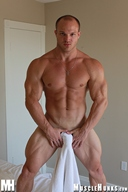 MuscleHunks Kyle Stevens - Macho Muscle Man
