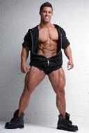 Santi Aragon - Fitness Model, Personal Trainer