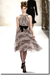 Monique Lhuillier Fall 2011 Ready-To-Wear Collection 4