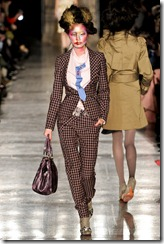 Vivienne Westwood Red Label Fall 2011 RTW Runway Photos 22