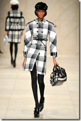 Burberry Prorsum Fall 2011 Ready-To-Wear Runway Photos 54