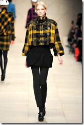 Burberry Prorsum Fall 2011 Ready-To-Wear Runway Photos 14