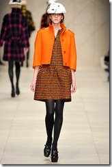 Burberry Prorsum Fall 2011 Ready-To-Wear Runway Photos 17