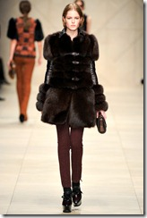 Burberry Prorsum Fall 2011 Ready-To-Wear Runway Photos 24