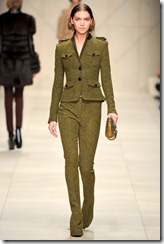 Burberry Prorsum Fall 2011 Ready-To-Wear Runway Photos 26