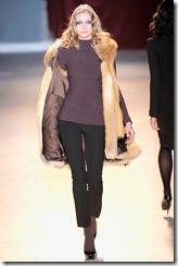Zac Posen Ready-To-Wear Fall 2011 Runway Photos 8
