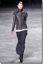 Rick Owens RTW Fall 2011 Runway Photos 25