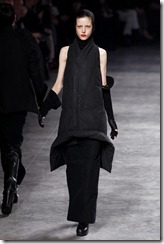 Rick Owens RTW Fall 2011 Runway Photos 35