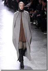 Rick Owens RTW Fall 2011 Runway Photos 7
