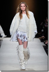 Isabel Marant Ready-To-Wear Fall 2011 Runway Photos 11