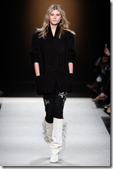 Isabel Marant Ready-To-Wear Fall 2011 Runway Photos 13