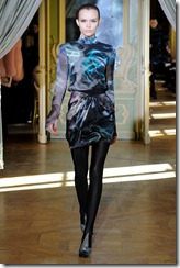 Emanuel Ungaro RTW Fall 2011 Runway Photos 27