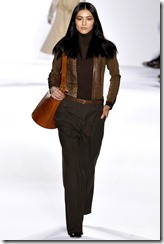 Chloé Ready-To-Wear Fall 2011 Runway Photos 21
