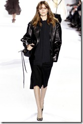 Chloé Ready-To-Wear Fall 2011 Runway Photos 26
