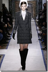 Yves Saint Laurent Ready-To-Wear Fall 2011 Runway Photos 1