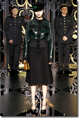 Louis Vuitton Ready-To-Wear Fall 2011 43