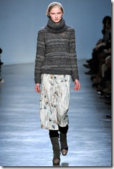 Vanessa Bruno Ready-To-Wear Fall 2011 Runway Photo 27