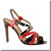 Strappy sandal in red crocodile chestnut calfskin