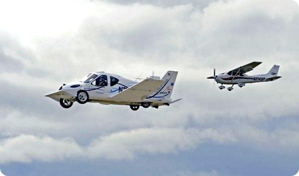 El-primer-carro-volador-comercial