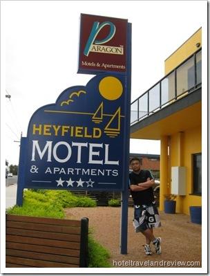 Australia 2010 878_684x912