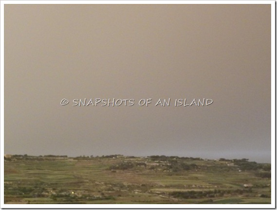 Sandstorm (4)
