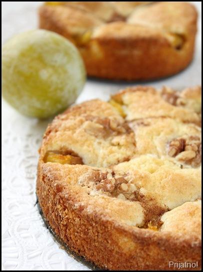 plum cake 001-crop v1