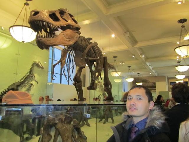 Знаменитый тиранозавр