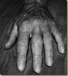 Grandmom Hand by Aapiej
