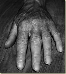 Grandmom Hand by Aapiej