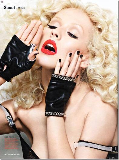 Christina-Aguilera-GQ-Magazine-Junio-20108