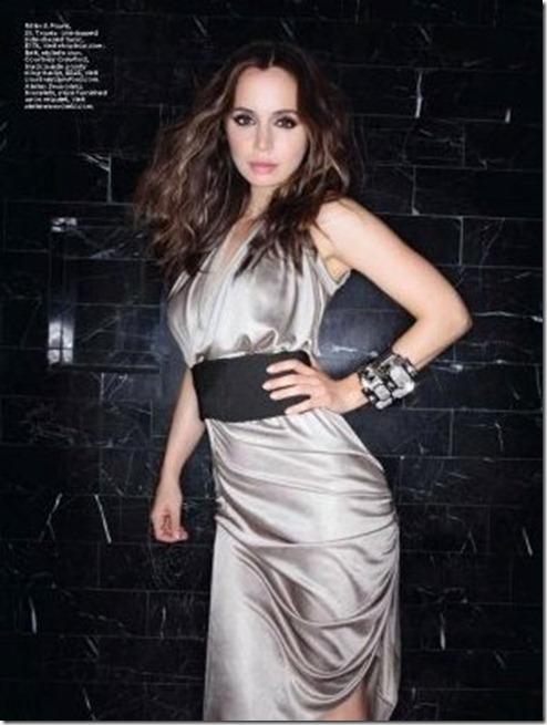 Eliza-Dushku-Ocean-Magazine-January-2010-4