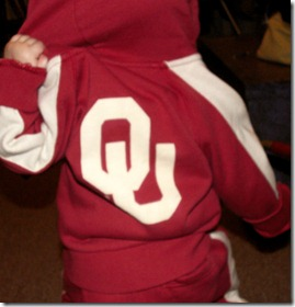 Elaine's new OU outfit