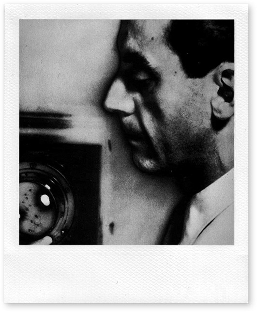 Man Ray (Emanuel Rabinovitch) - self portrait solarized-1920
