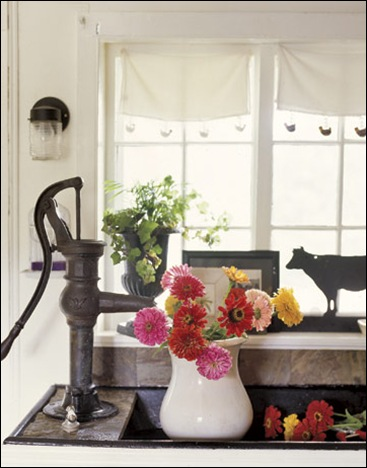 Kitchen-Sink-Iron-Faucet-HTOURS0706-de-35891301