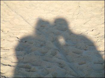 Onze Schaduw op het strand!!!