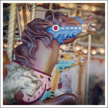 carrouselpaard