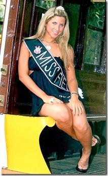 Miss Fiel1