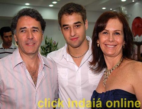 Marcos, Eduardo e Izabel na Fruty Sorvetes (Crédito: Fábio Alexandre)