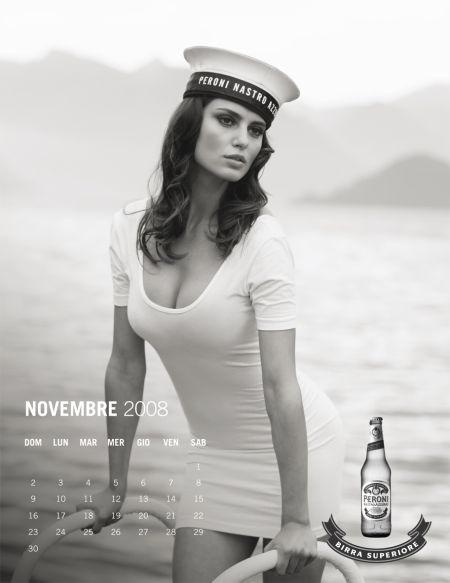 calendario_peroni_-_noiembrie__catrinel_menghia_4501