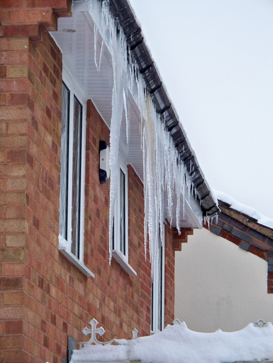 Icicle house 2