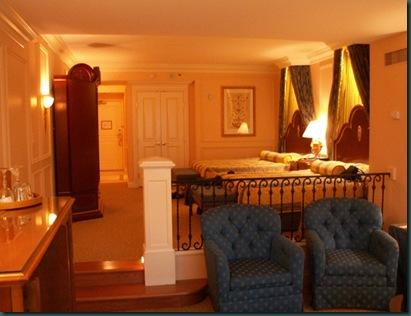 The Venetian room 1
